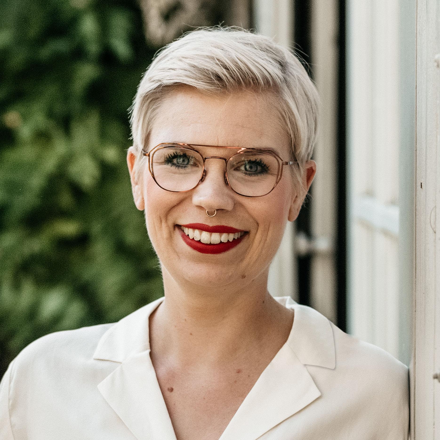 Portrait Anja Tiwisina